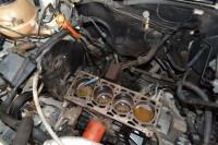 Em motores com mais de 50.000 Km, é recomendado fazer uma inspeção por ano para checar o estado do cavalete d'água...