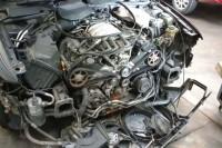 Um Audi A4 V6 2000 custa menos de R$ 20.000, mas manutenções como troca de correia e bomba d'água são caras