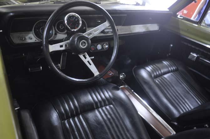 Detalhes do interior do muscle car...