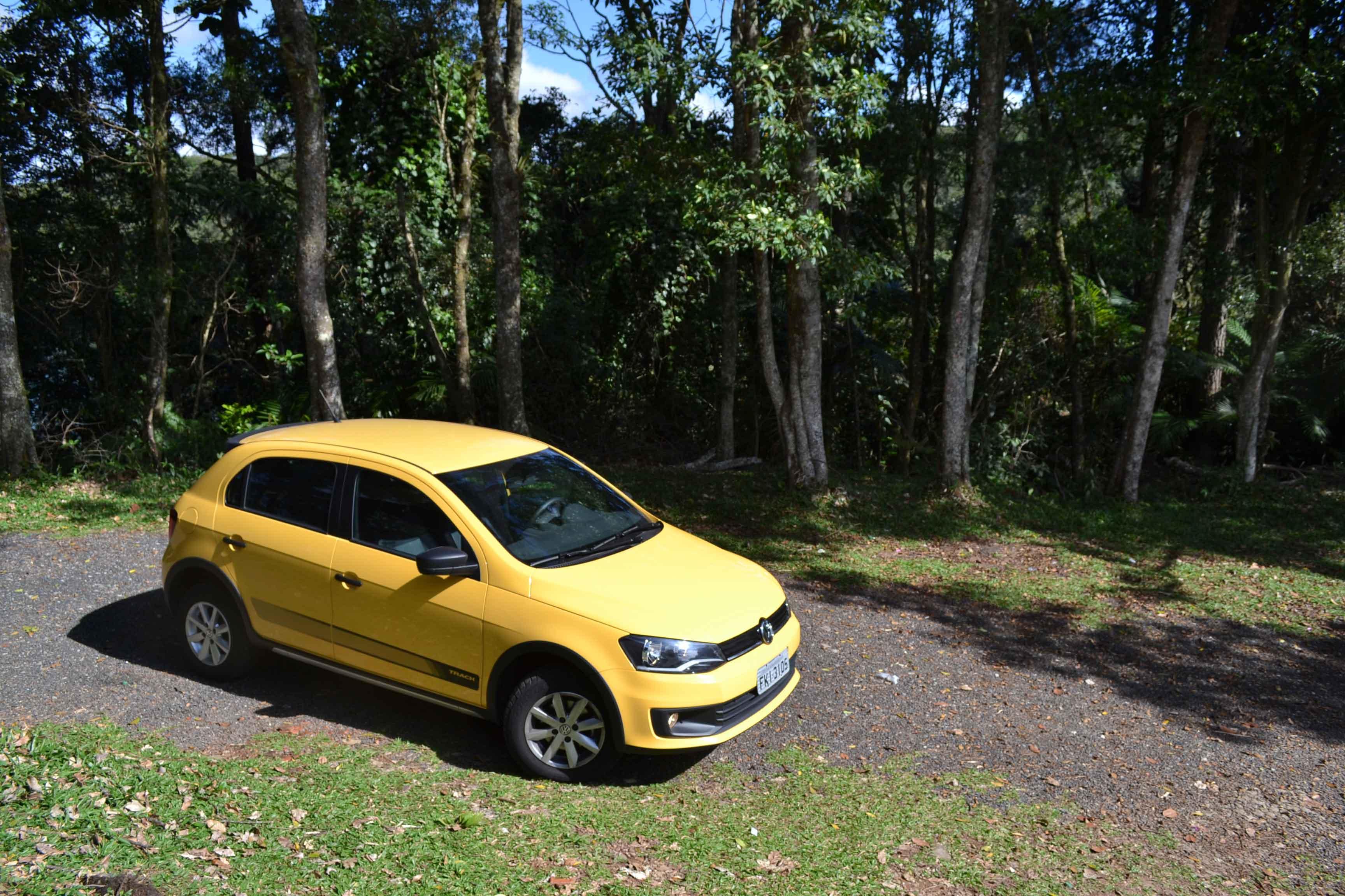 A versão básica sai por R$ 33.210, mas a completa, na cor Amarelo Solaris (foto), custa R$ 40.335